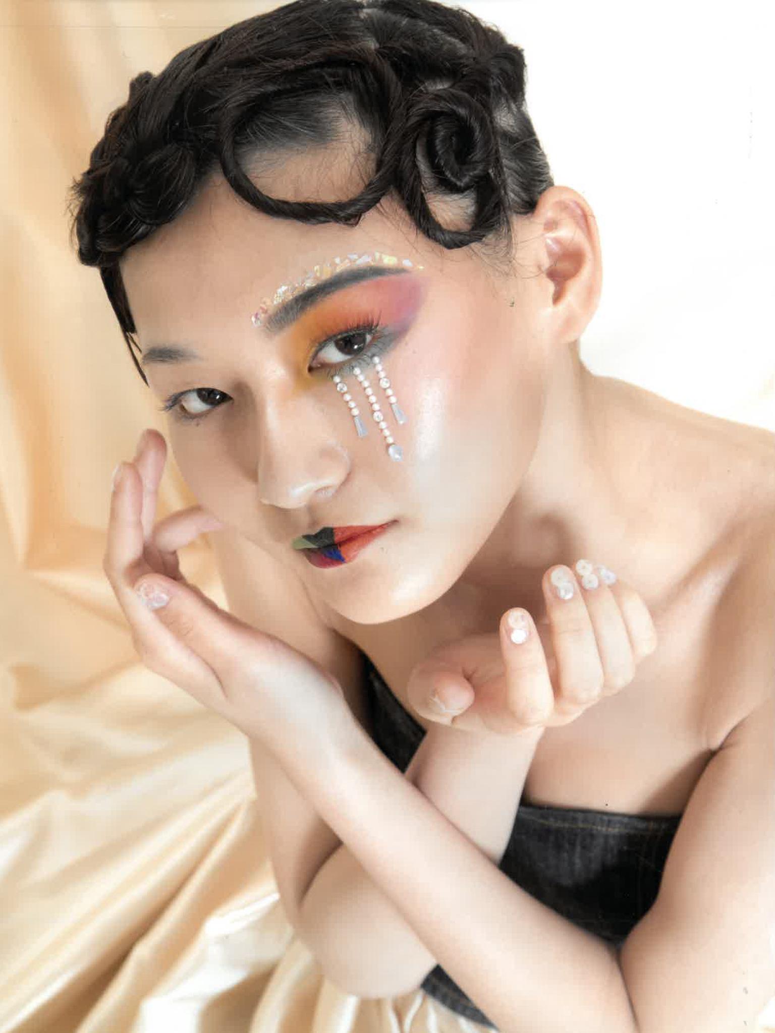 鈴木 耶子さんの作品画像